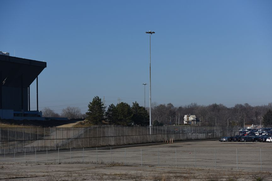 Pontiac Silverdome Parking Lot Still Full Of Vw S Cheating Diesels After Demolition Syracuse Com