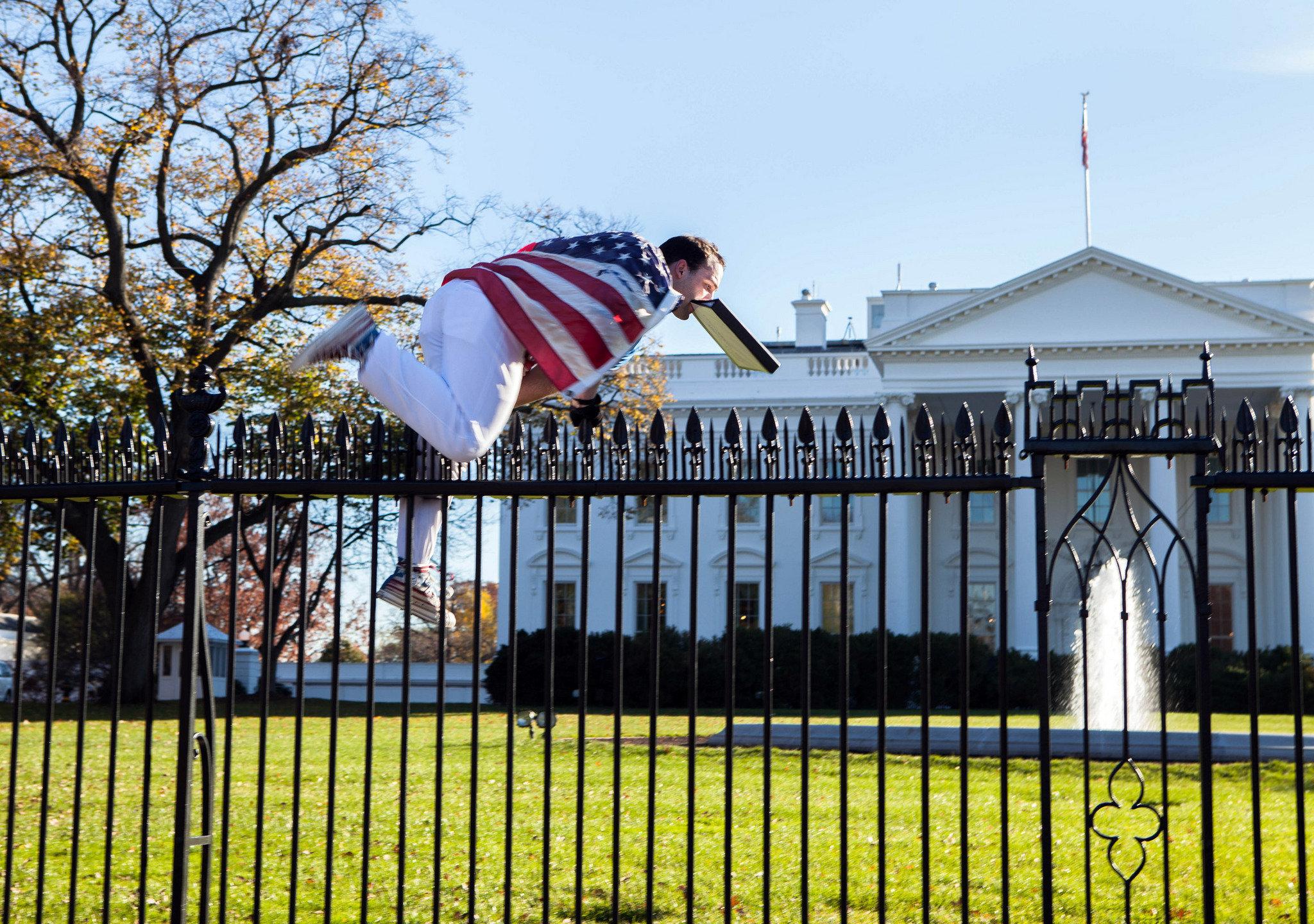 APTOPIX White House Fence Jumper