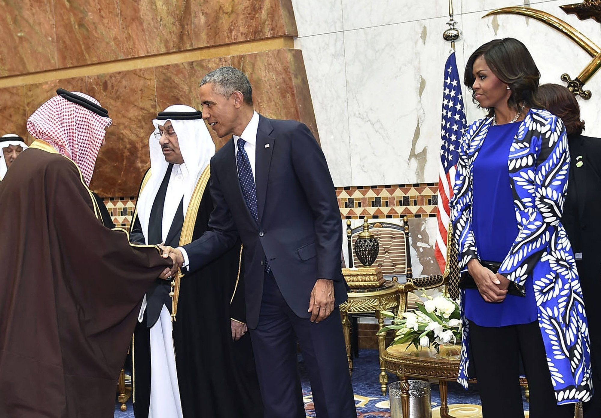 michelle obama flouts saudi dress code for women goes out michelle obama flouts saudi dress code for women goes out headscarf during com