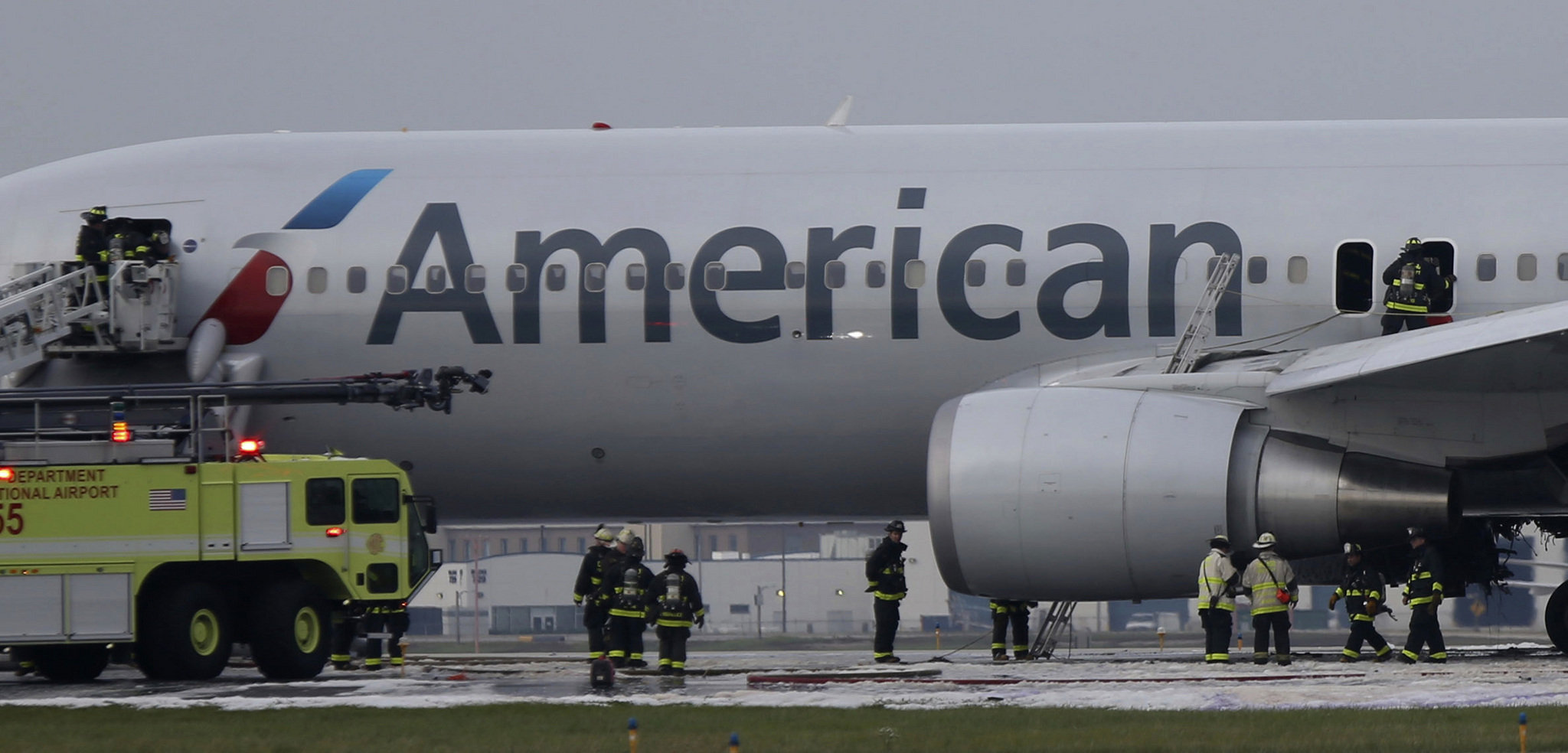American Airlines Aborts Takeoff In Chicago As Engine