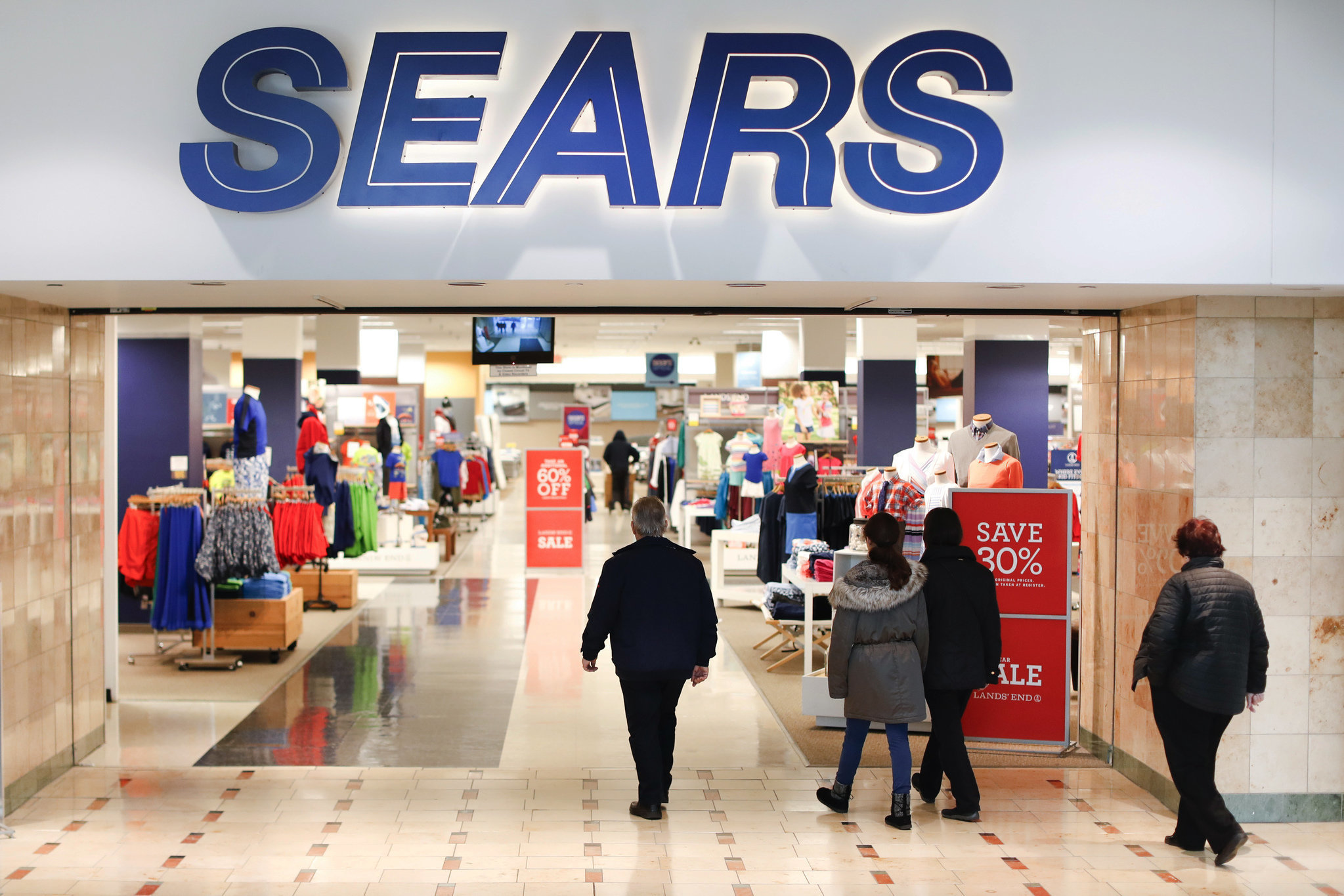 Sears to close dozens of stores across US | OregonLive.com