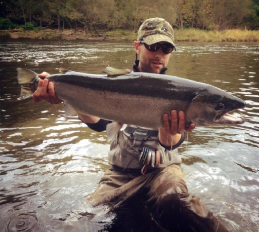 5 reasons why anglers love the salmon river for fall for Salmon fishing season ny