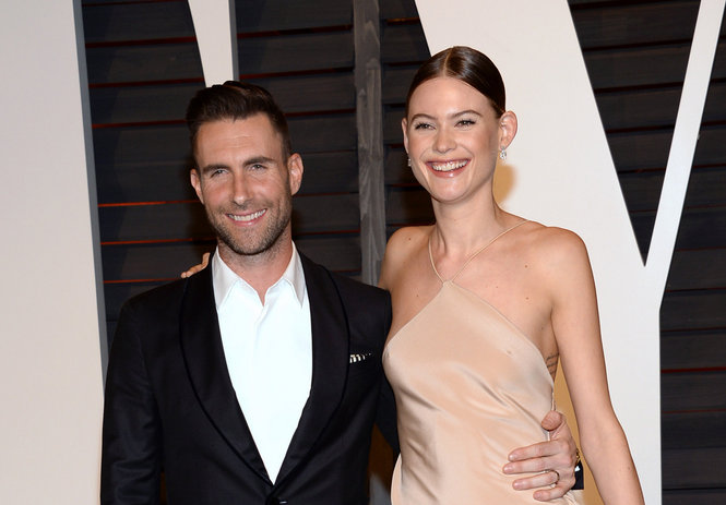 Maroon 5 Reschedules 2 Upstate Ny Concerts As Adam Levines Wife