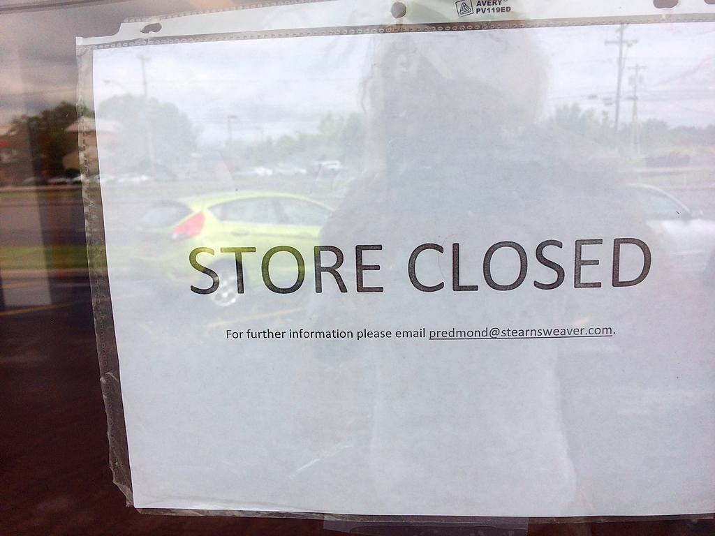 Alfred Angelo bridal shop abruptly closes