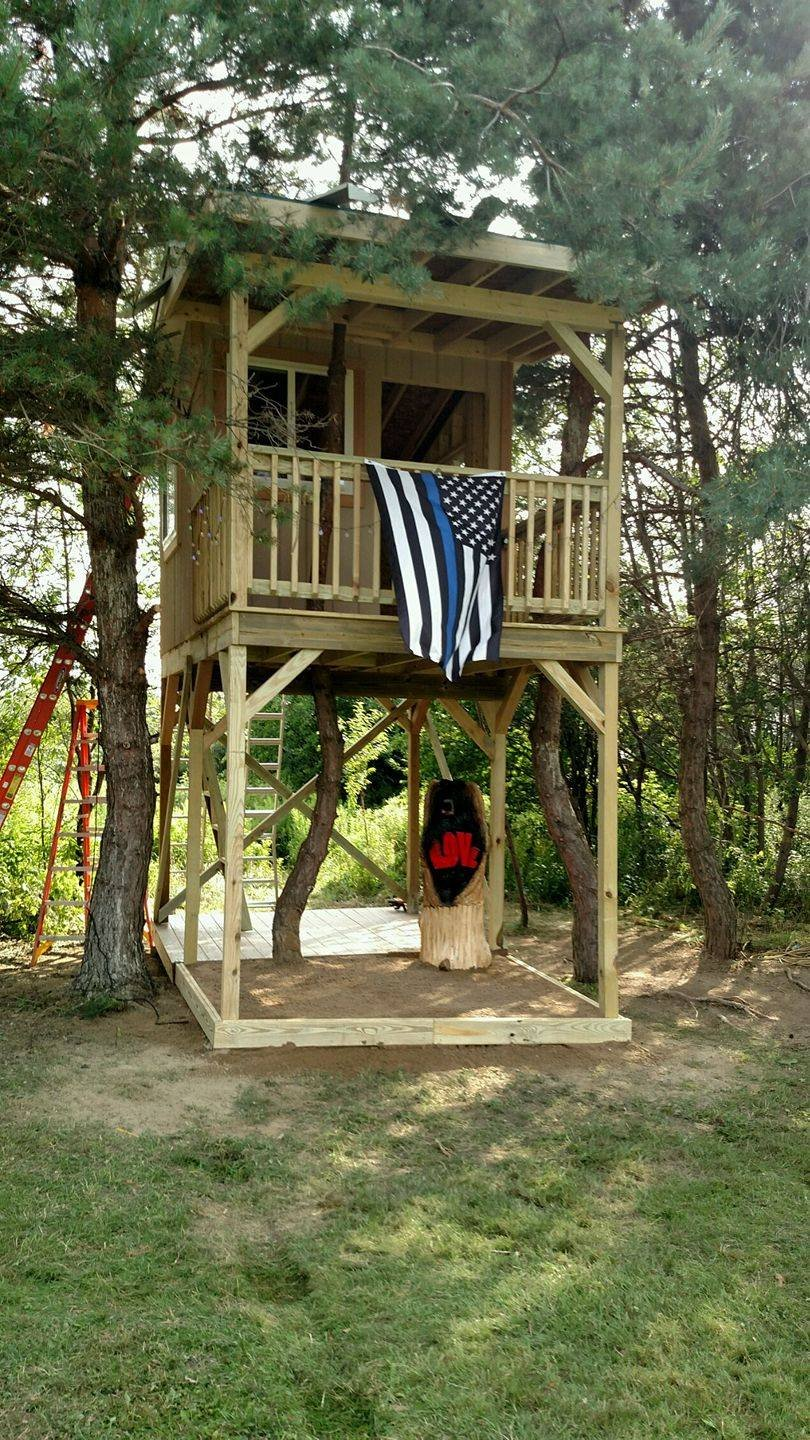 treehouse photo 2 1jpg - Treehouse