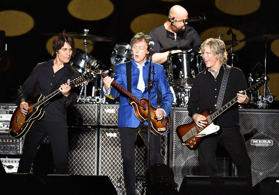 Paul McCartney Rocks The Carrier Dome Photos Videos From Syracuse Concert