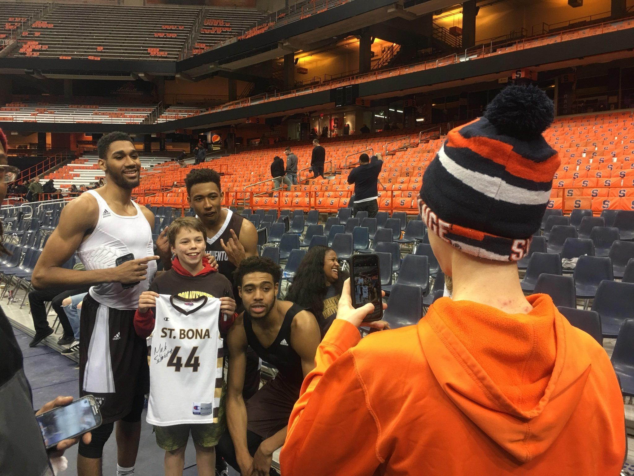 Men's Basketball: Syracuse men upset by Bonnies in OT