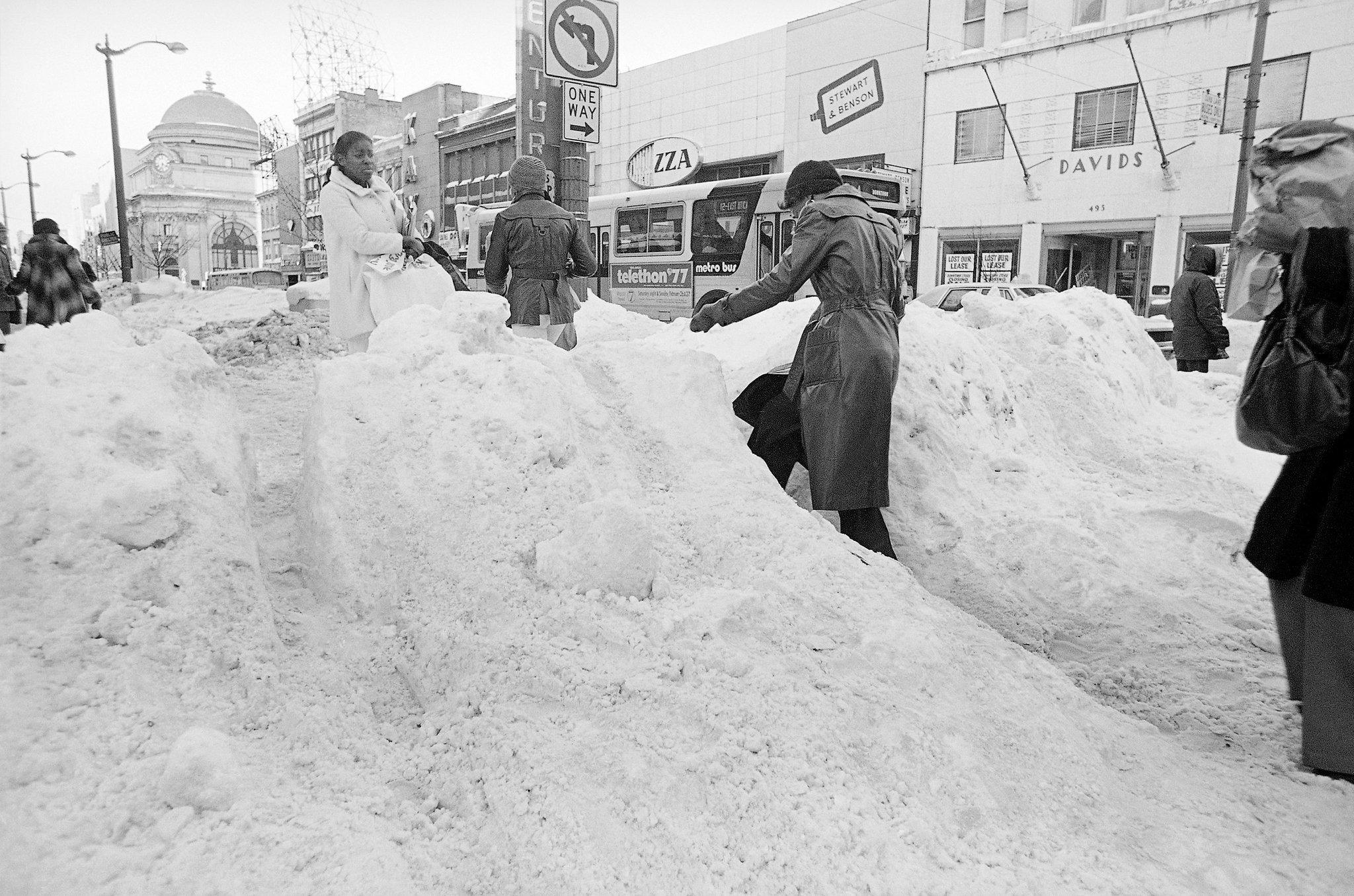Buffalo in danger of losing all time snowfall