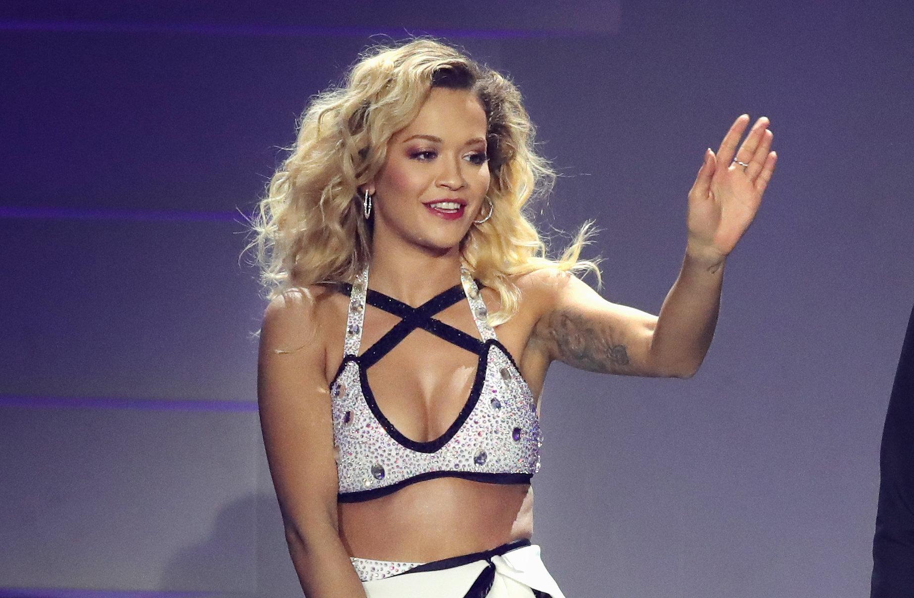 Gal Gadot Fully Nude Assault,Farrah fawcett Adult fotos Abbey Clancy hot. 2018-2019 celebrityes photos leaks!,X Factor Betting Odds: Ray Quinn Eton Road