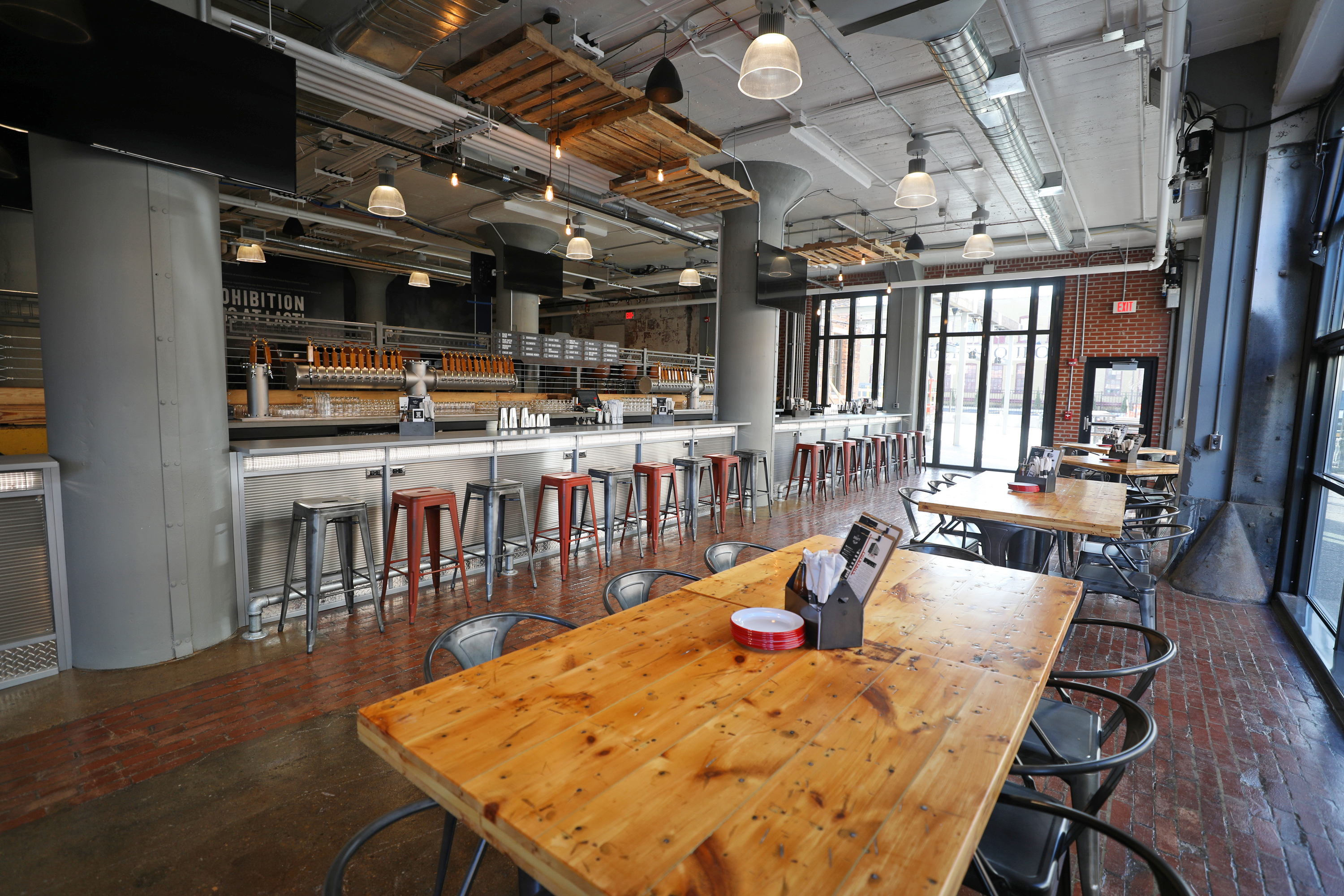 Are You Ready For Blue Citra Labatt Brew House Opens In
