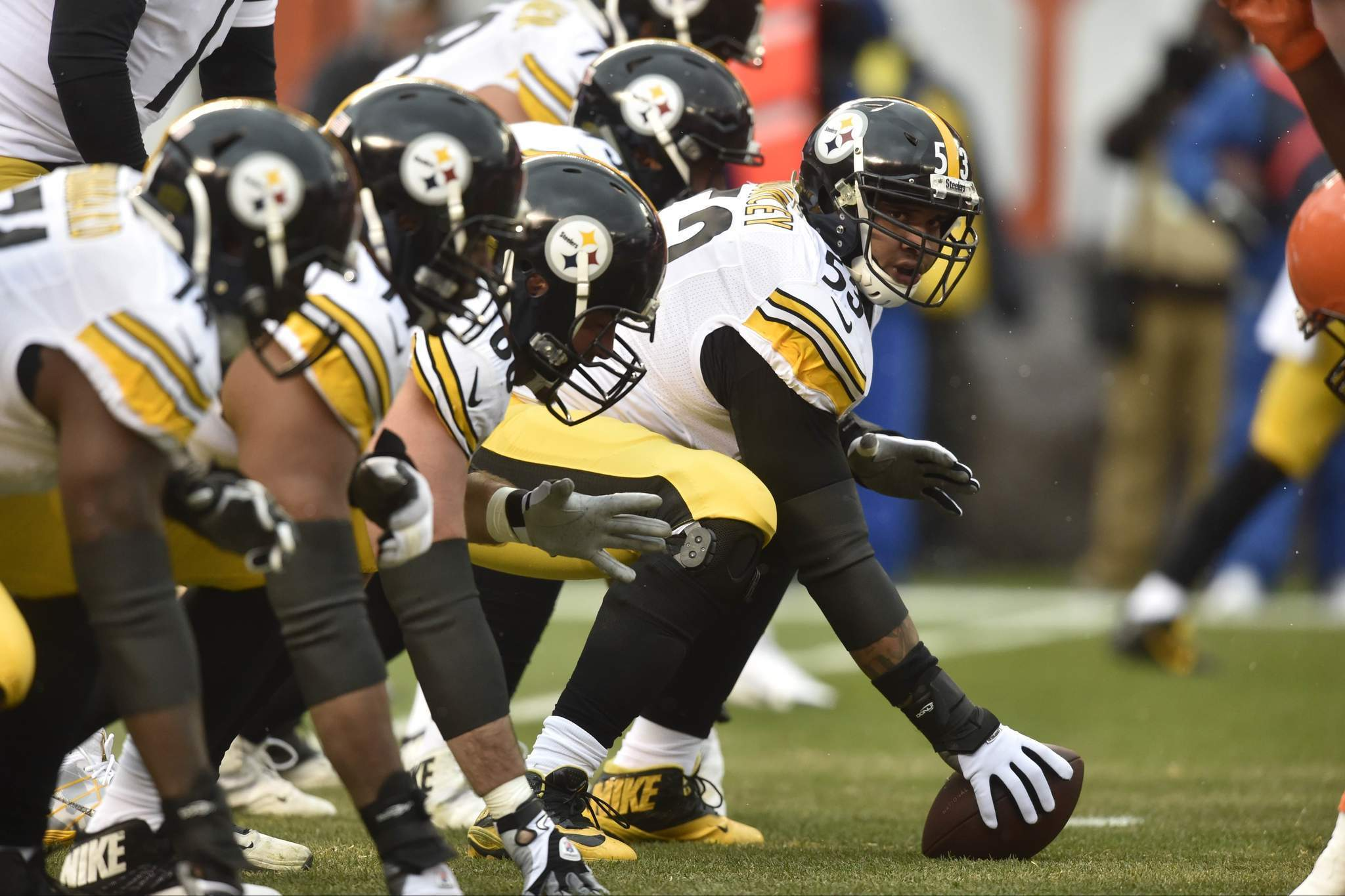 Maurkice Pouncey Steelers to stand for national anthem