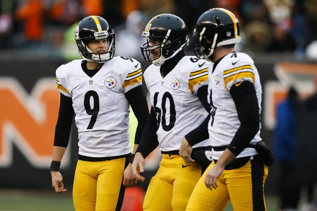 Steelers release long snapper Warren after failed physical